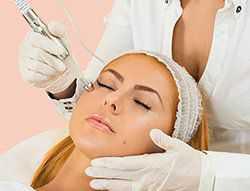 Ионофорез в стоматологии используется для введения анестезирующих гидрогелей непосредственно в кожу через электрический ток