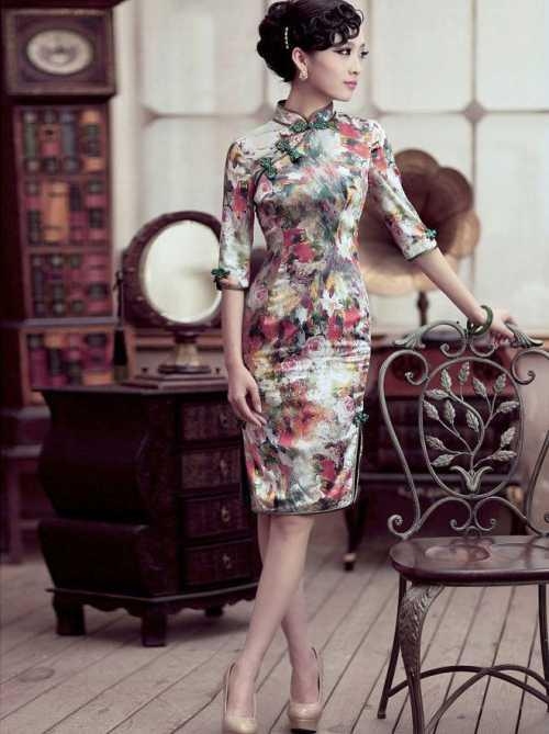 Если хочется из такой рубашки сделать красивое платье, то стоит всего лишь применить ремешок