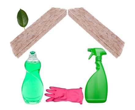 Определитесь, насколько сильным должно быть чистящее средство, учитывая при этом материал загрязненной поверхности