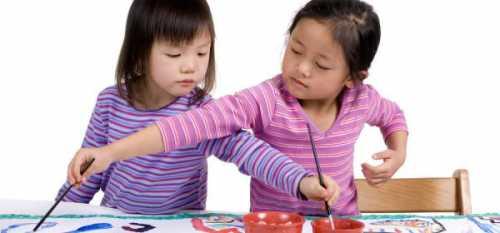 Они разговаривают с ребенком, дают понять, как он огорчил родителей