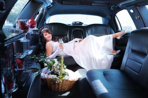 Хотите иметь красивые свадебные фото Пригласите свадебного фотографа