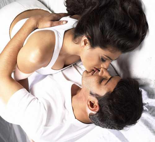 К чему снится поцелуй с парнем, целоваться с