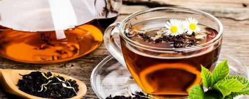 Китайский белый чай очень полезен при беременности, так как питает плод полезными ему веществами, которые содержатся только в таком чае