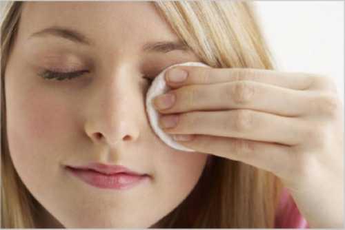 Например, дёргающееся веко может быть индивидуальной реакцией на использование капель для глаз или носа, а также антигиста минных препаратов и антидепрессантов