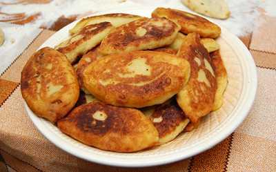 Картофельные пирожки с капустой