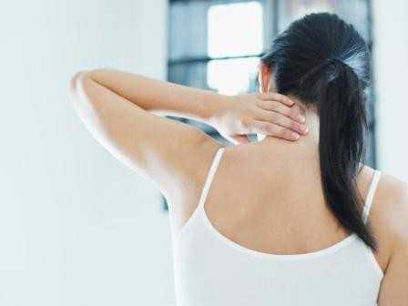 Главный признак острого воспаления трахеи сухой лающий кашель, чаще всего беспокоящий в ночное время и утром, после сна