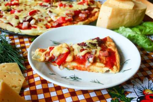 Рецепт приготовления пиццы в микроволновке на готовой основе