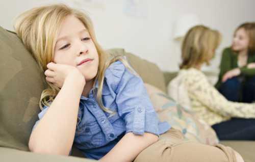 Там, где ребенок боится родителей, приходя в школу, начинает бесчин ствовать, давая себе, таким образом, некую моральную свободу